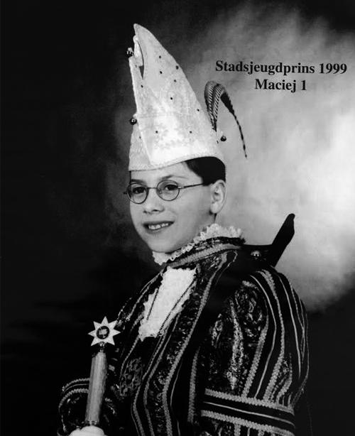 Kinjer Optoch Kommitee Broenssem 1999 Maciej 1